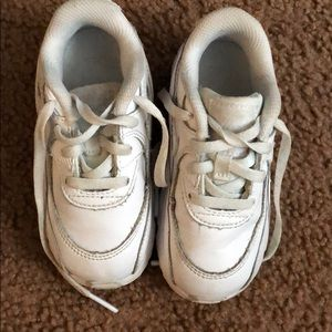 Little girl Nike sneakers, Sz 8 in good condition